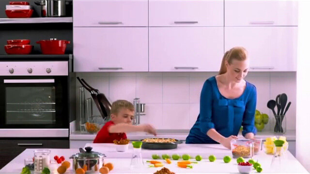 Pyrex: Video Commercial