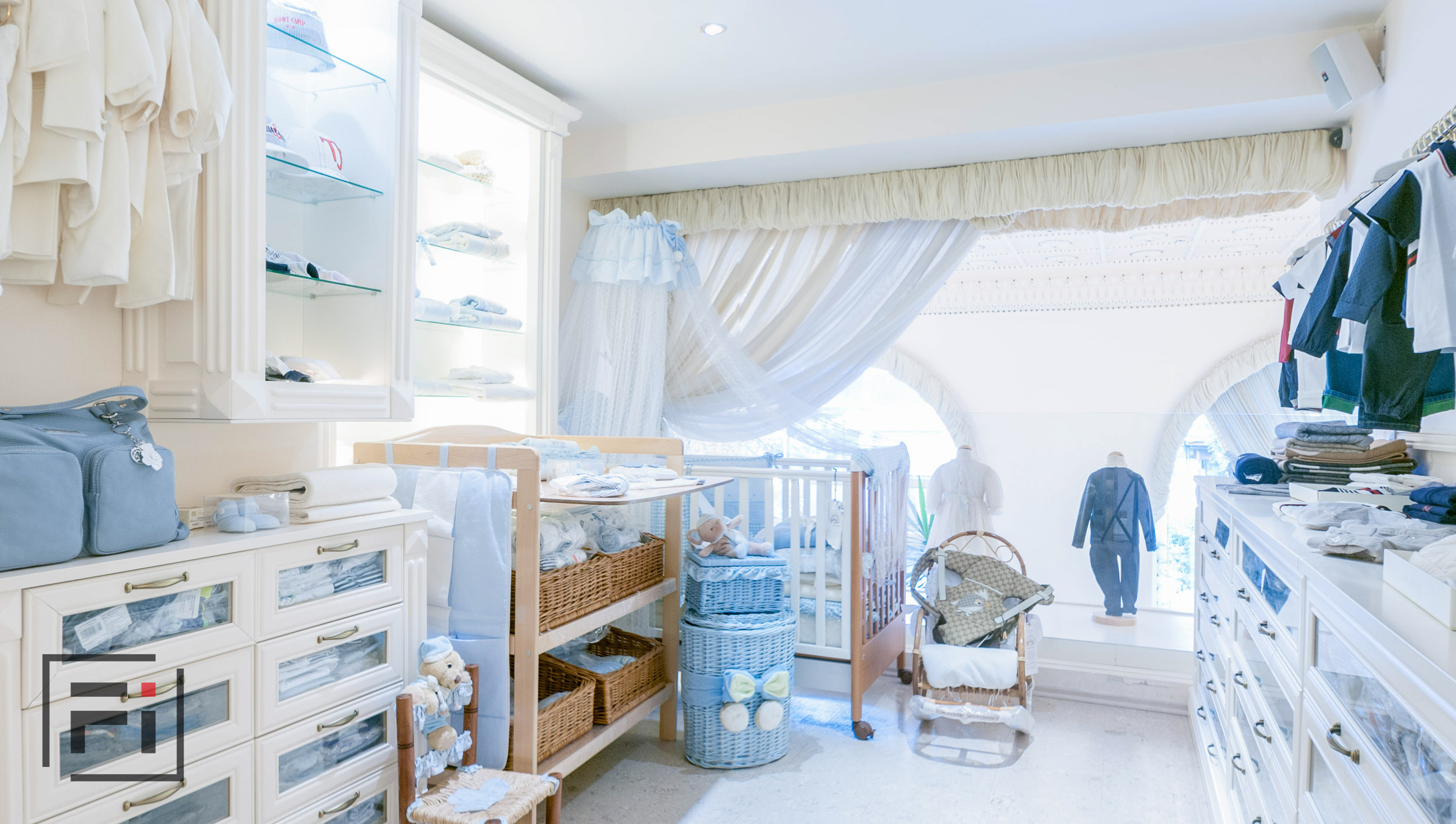 Baby Marlen Helen outsource real estate photo editing office interior photography of white children store in Kiev with blue clothes by Fantastic Imago-10